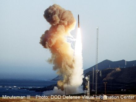 icbm-minuteman_iii_launch_1994